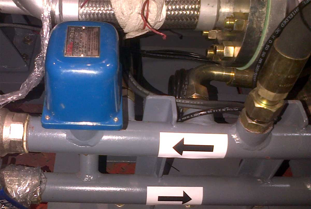 Lubricating Oil Flow Switches